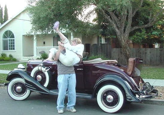 1932 Pontiac girl and rumble seat