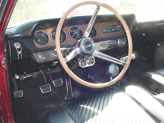 GTO interior LH view adjusted.